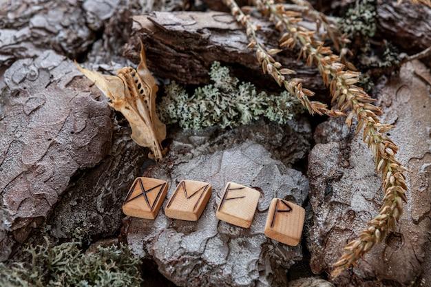 Tornamento rúnico, símbolo mágico de boa sorte e felicidade Foto Premium