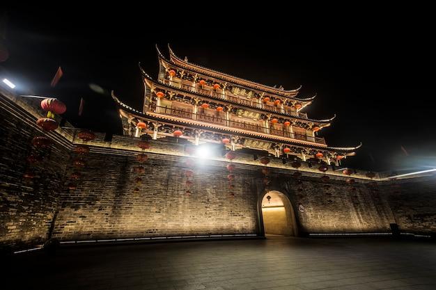 Torre da cidade antiga da cidade de chaozhou, província de guangdong, china torre de guangji Foto gratuita