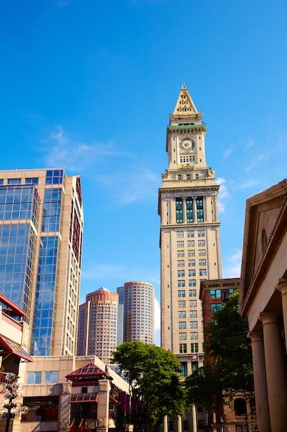 Torre Do Relogio De Boston Custom House Quincy Market Foto Premium