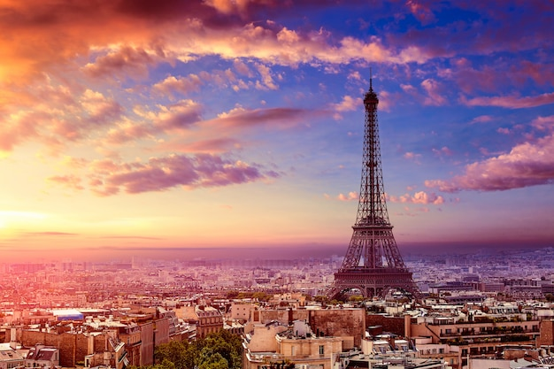 Torre eiffel de paris e a frança de horizonte aéreo Foto Premium