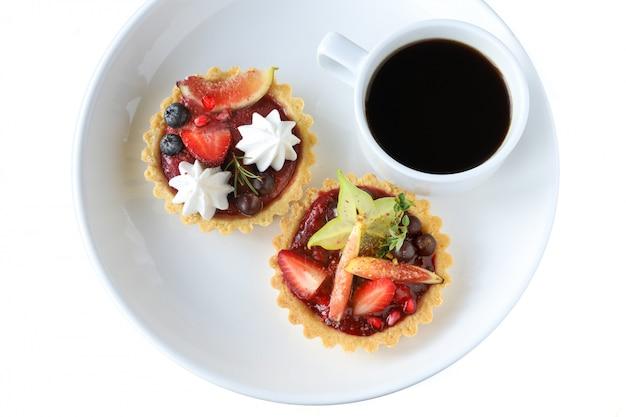 Torta de frutas mistas Foto Premium