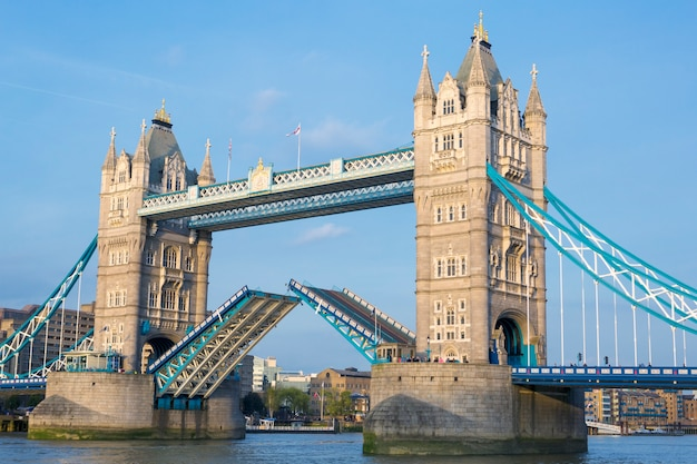 Tower bridge, londres, reino unido. Foto gratuita