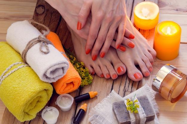 Tratamento de spa de mãos e pés Foto Premium