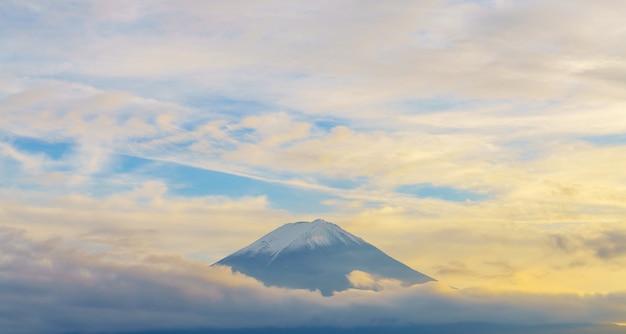 Triângulo turismo cultura aérea topo Foto gratuita