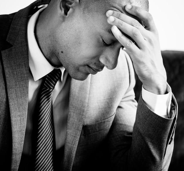 Um, homem negócios, sofrimento, de, fadiga Foto gratuita