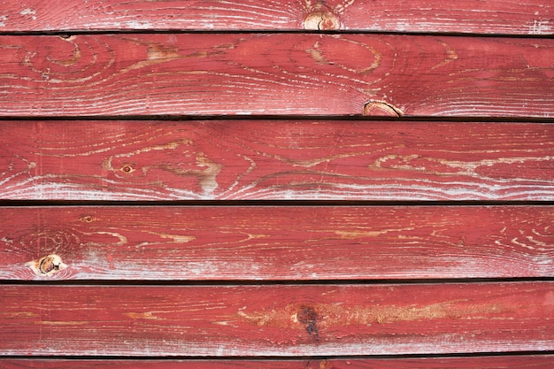 Um, número, de, pranchas, com, rachado, tinta vermelha Foto Premium
