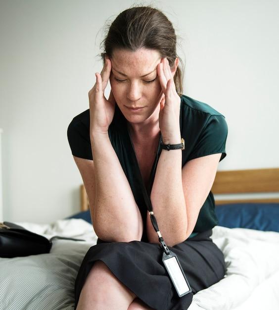 Uma mulher estressante Foto Premium