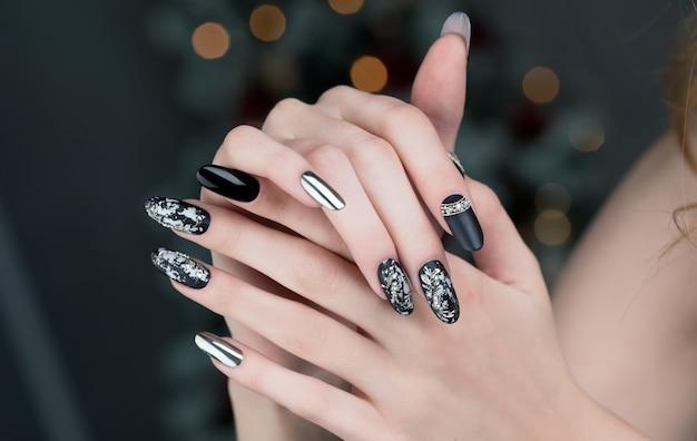 Unhas pretas manicure Foto Premium