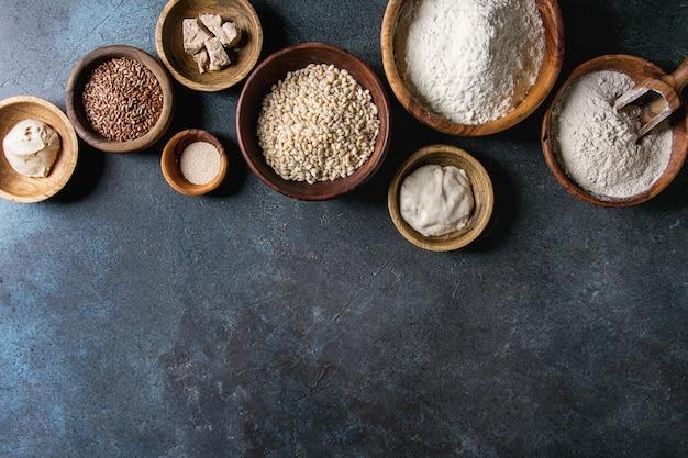 Variedade de farinha e grãos Foto Premium