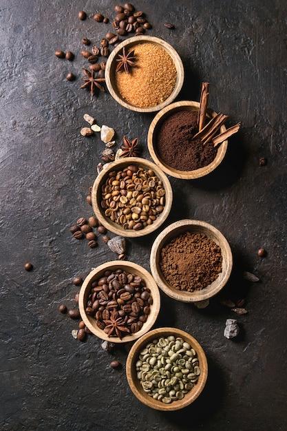 Variedade de grãos de café Foto Premium