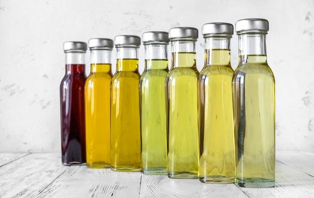 Variedade de óleos vegetais Foto Premium
