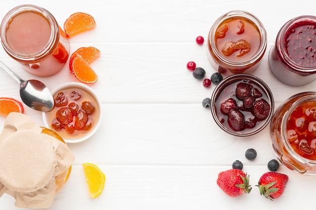 Variedade de sobremesa plana leiga Foto gratuita