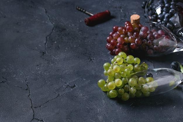 Variedade de uvas Foto Premium