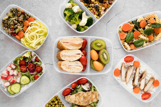Variedade plana leigos comida deliciosa Foto gratuita