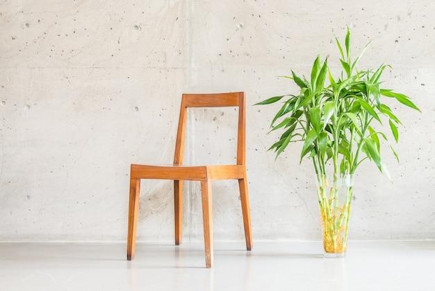 Vaso de madeira branco cadeira luxuosa Foto gratuita