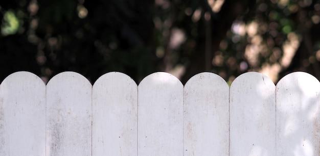 Vazio branco madeira vintage borrão jardim natureza Foto Premium