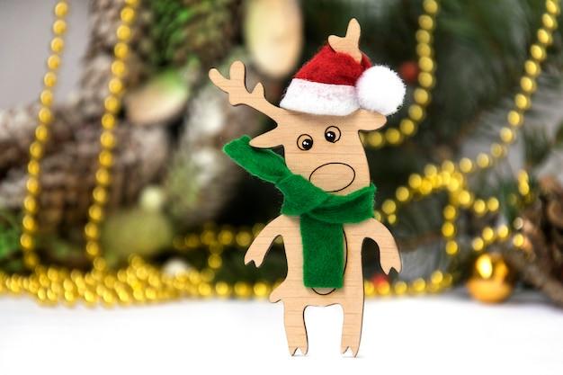 Veado de brinquedos de madeira veado de natal Foto Premium