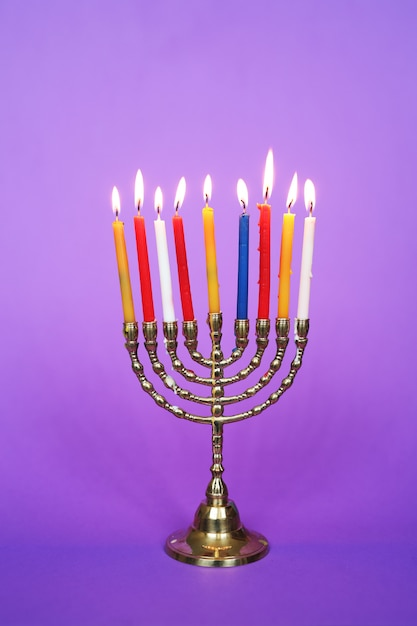 Velas coloridas, hanukkah Foto gratuita