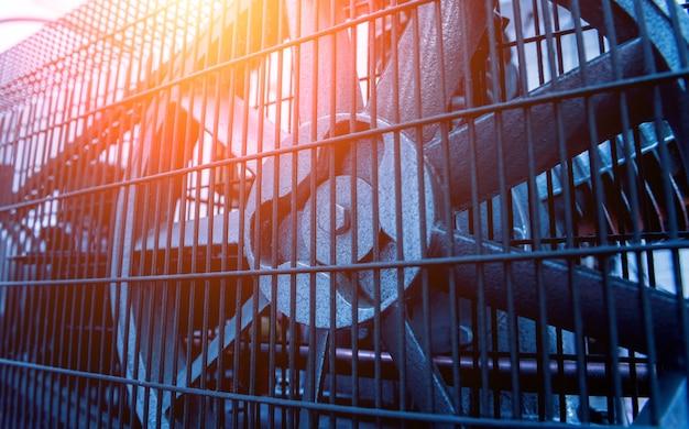 Ventilador de ar condicionado industrial de metal. hvac. Foto Premium