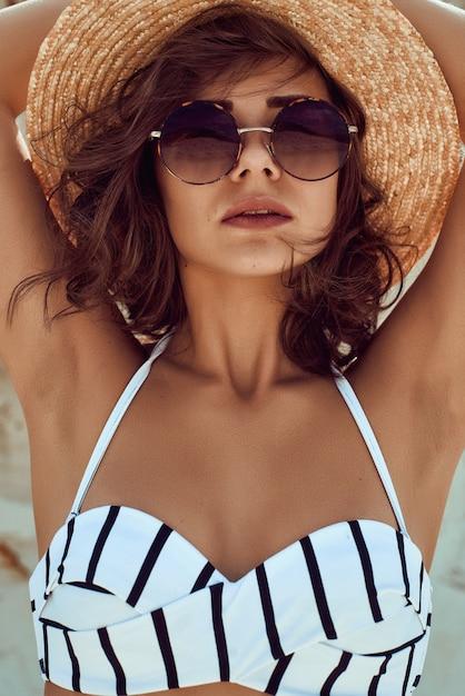 Verão menina sensual Foto Premium