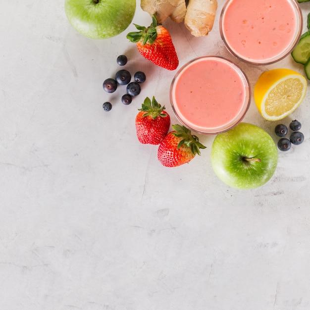 Vermelho, smoothie, ingredientes, fim, cima Foto gratuita