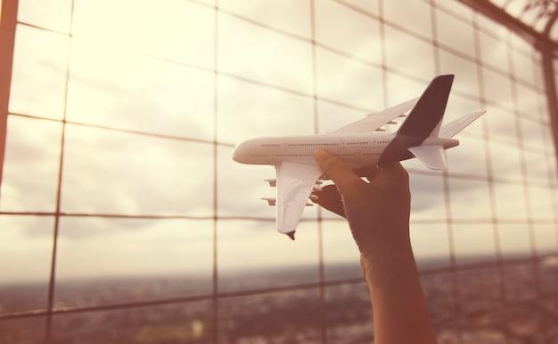 Viagem de avião de avião Foto gratuita