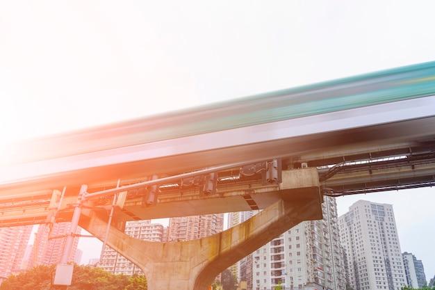 Viagem de viagem comuta a tecnologia do trem interior Foto gratuita
