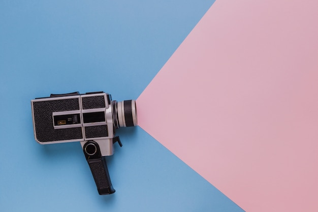 Vintage cinema câmera de vídeo Foto gratuita