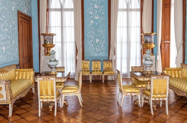 Vintage interior do palácio vorontsov em estilo barroco e rococó Foto Premium