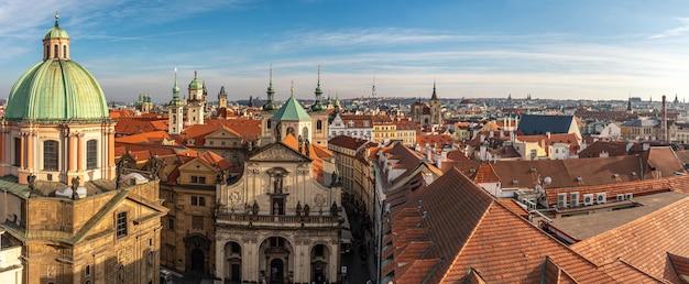 Vista aérea da cidade velha de praga. Foto Premium