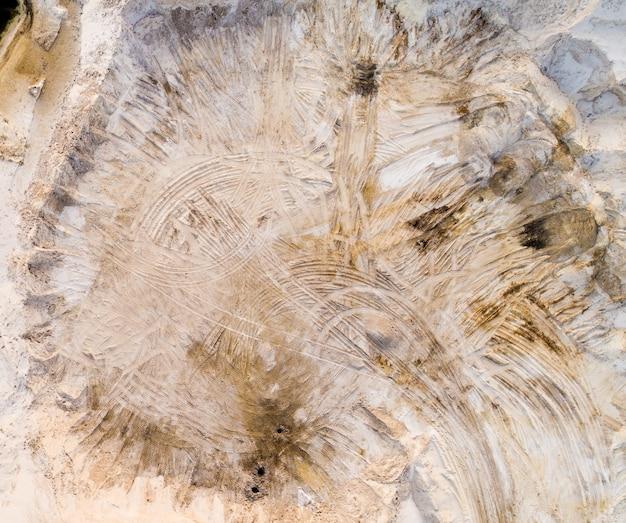 Vista aérea da superfície da pedreira arenosa Foto Premium