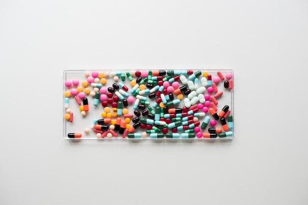Vista aérea, de, vário, médico, pílulas, farmacêutico Foto Premium