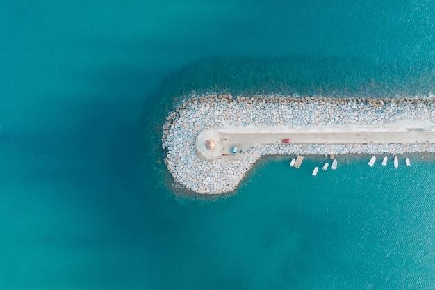 Vista aérea superior de antalya deniz feneri Foto gratuita