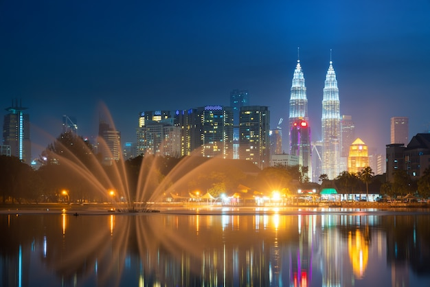 Vista da cidade de kuala lumpur Foto Premium