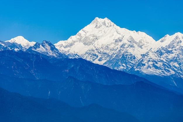 Vista de kangchenjunga, gangtok Foto Premium