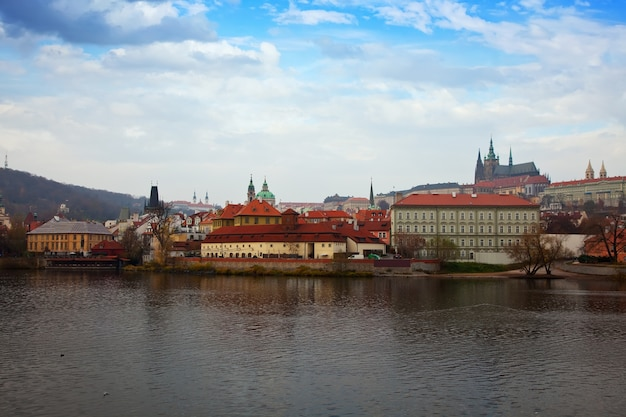 Vista de praga, república tcheca Foto gratuita