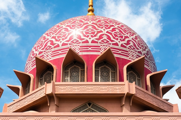 Vista, de, putra, mesquita, (masjid, putra), em, putrajaya, malásia Foto Premium