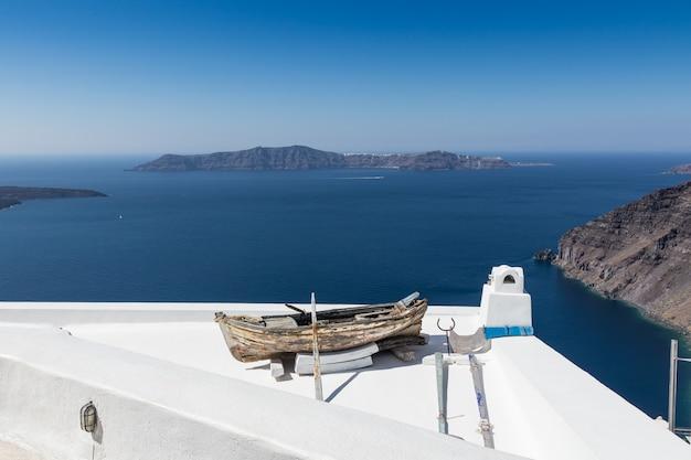 Vista, de, santorini, caldera, em, grécia, de, a, costa Foto Premium