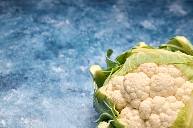 Vista de vegetais verdes frescos Foto Premium