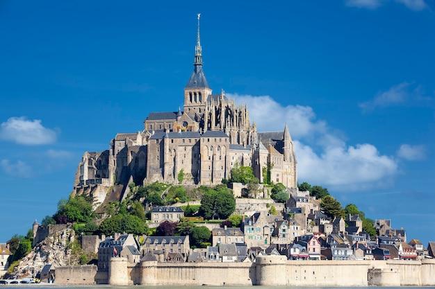 Vista do mont-saint-michel, frança, europa. Foto Premium