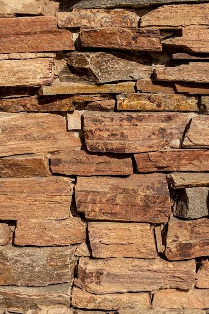 Vista frontal da parede de pedra Foto gratuita