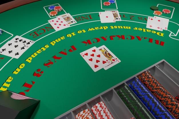 Vista geral de uma mesa de blackjack com cartas e fichas. Foto Premium