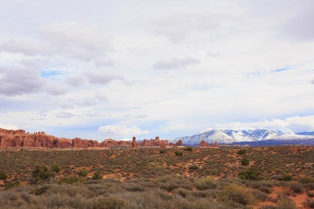 Vista panorâmica do parque nacional dos arcos. moab, utah, Foto Premium