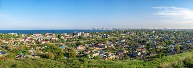 Vista panorâmica superior do distrito industrial de odessa, ucrânia Foto Premium