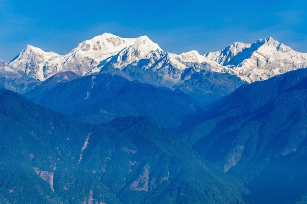 Vista para a montanha kangchenjunga Foto Premium
