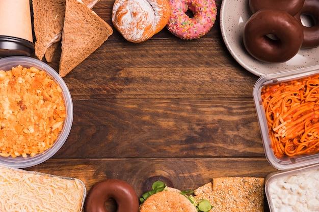 Vista superior almoço de trabalho com cópia-espaço Foto gratuita