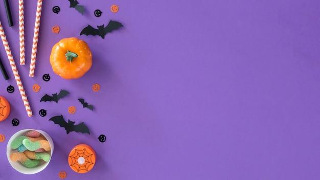 Vista superior da coleção de halloween com espaço de cópia Foto gratuita