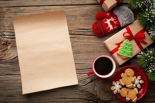 Vista superior da decoração de natal com maquete Foto gratuita