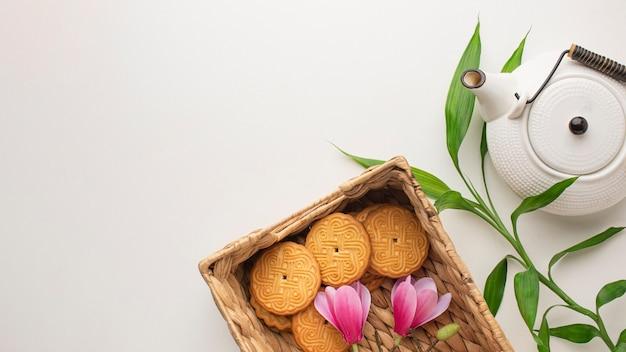 Vista superior de biscoitos caseiros com espaço de cópia Foto gratuita