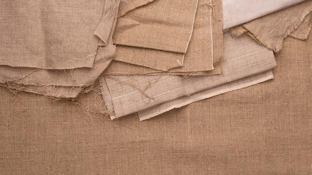 Vista superior de tecidos monocromáticos Foto gratuita